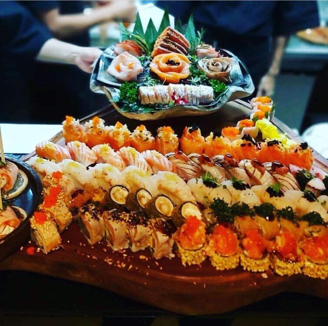 8 restaurantes japoneses no RJ pra quem é viciado em sushi | Share Eat
