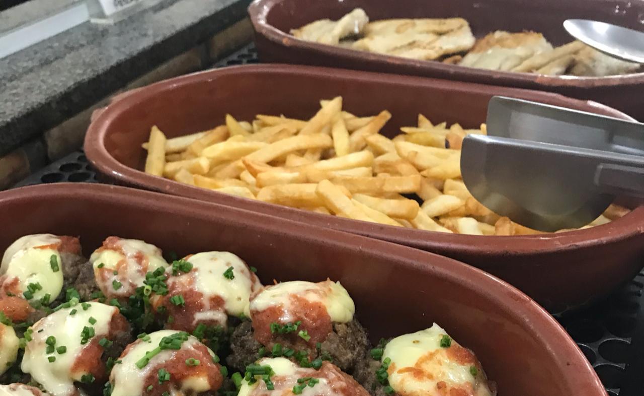 Ygarapaba Restaurante Garopaba Buffet em Garopaba | Shareeat