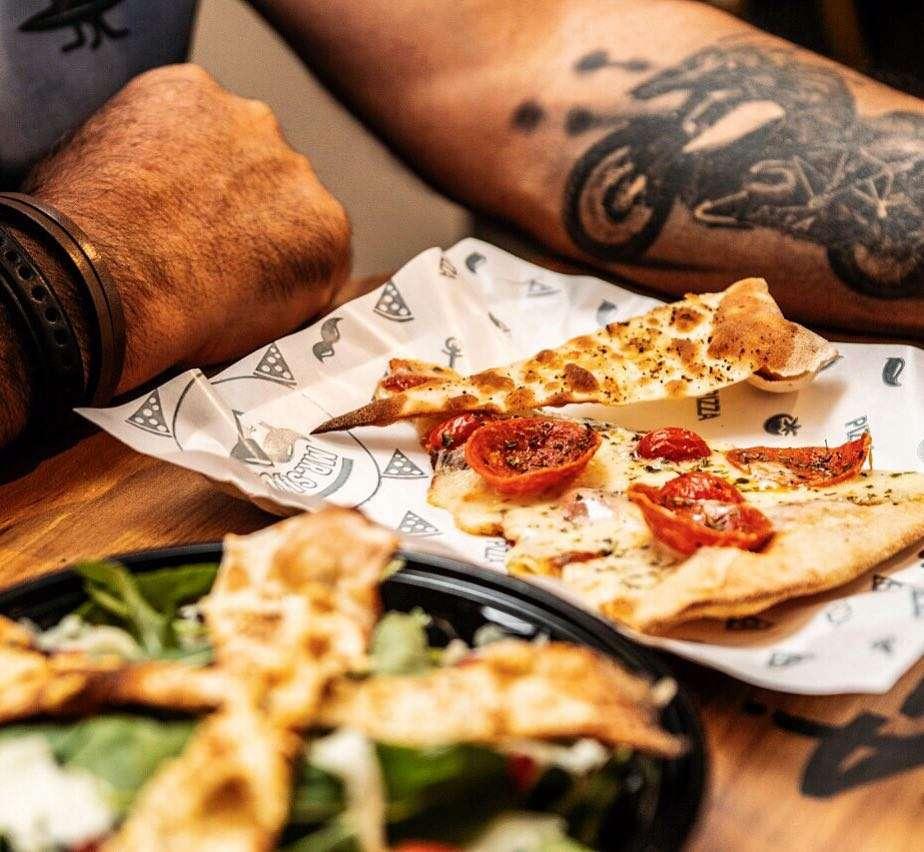 Mr. Slice Pizza em São Paulo | Shareeat