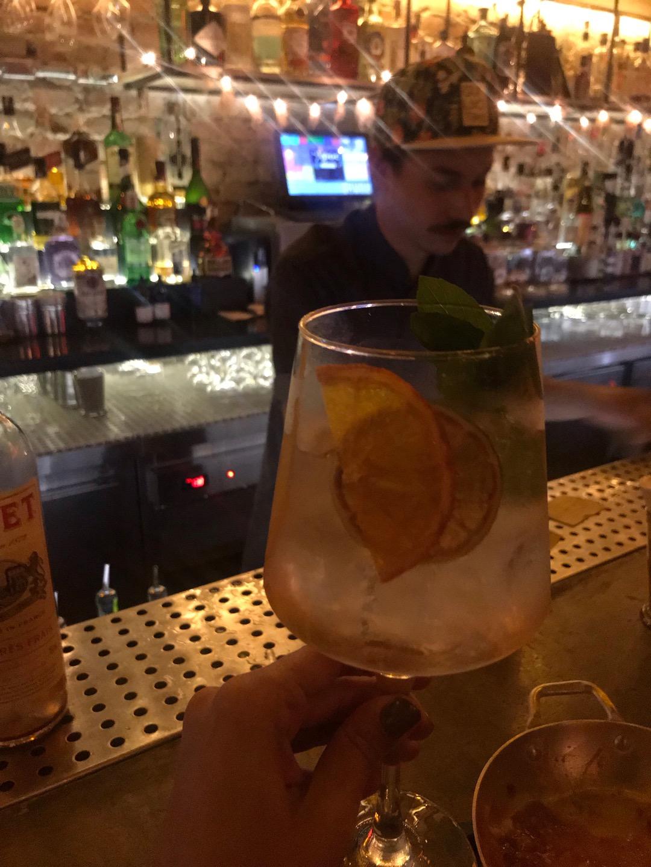 Guilhotina Bar em São Paulo | Shareeat