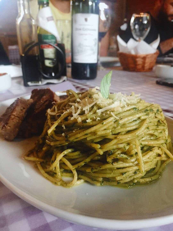 Engenho do Vale Restaurante em Bento e Rota dos Vinhos | Shareeat