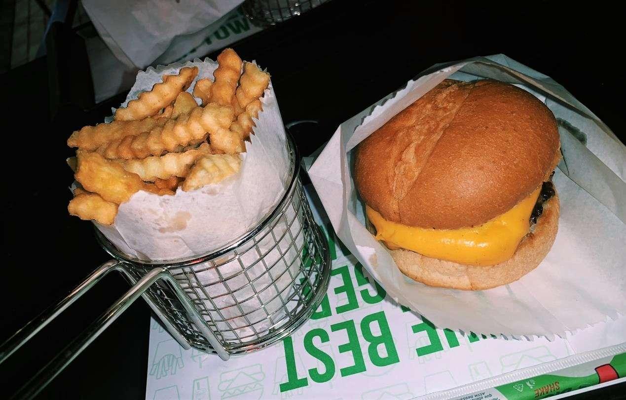 Los Tres Burger em Porto Alegre | Shareeat