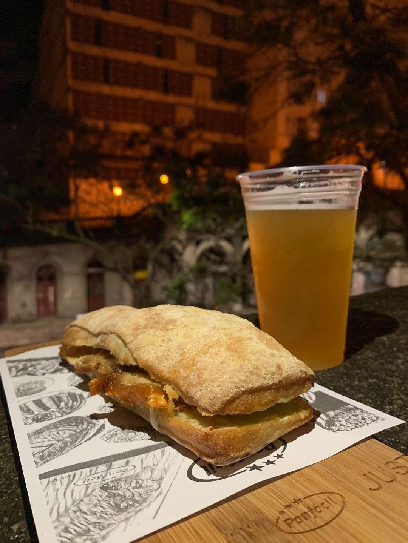 Justo em Porto Alegre | Shareeat